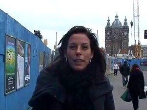 Svenske turister kommer til Amsterdam